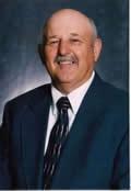 robert.earl_.davis-chairman